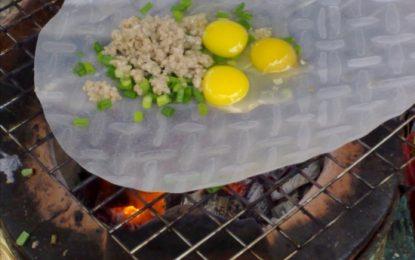 Bánh tráng nướng trứng Đà Lạt – Món ăn vặt yêu thích của nhiều người