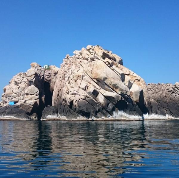 Đảo Yến-Hòn Nội- bãi tắm đôi Nha Trang được săn lùng nhiều nhất
