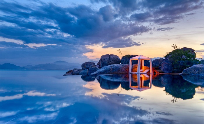 -six-senses-ninh-van-bay-co-be-boi-dep-bac-nhat-the-gioi-136525x4
