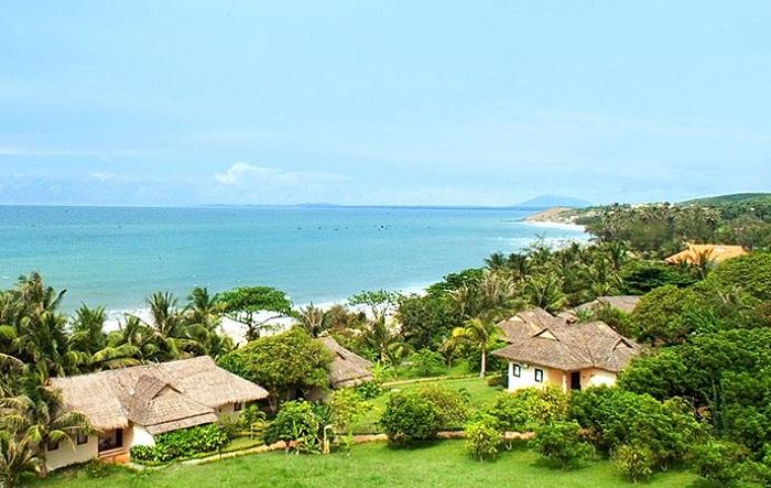 Ngỡ ngàng với 7 Bãi Biển Nha Trang vạn người mê