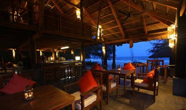 3-top-resort-Ho-Tram-sieu-sang-chanh-chua-bao-gio-lam-ban-that-vong